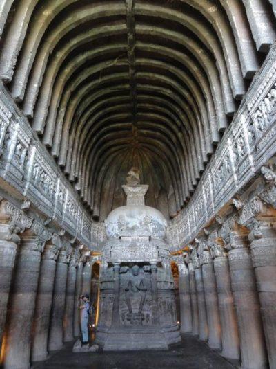 26窟 石窟寺院 インド