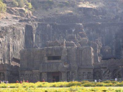 エローラ カイラーサナータ寺院