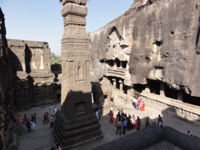 カイラーサナータ寺院 インド
