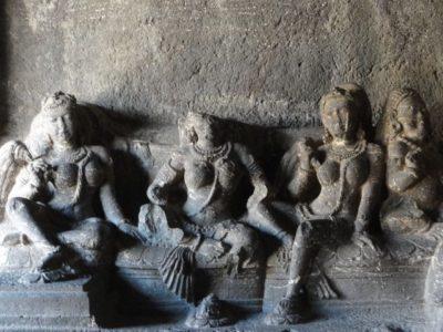 彫刻 エローラ カイラーサナータ寺院