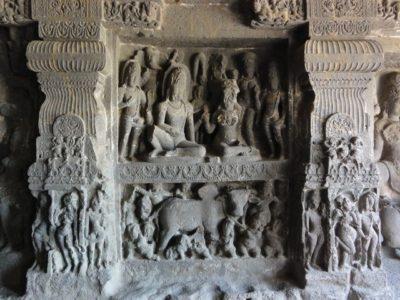 石窟寺院 エローラ