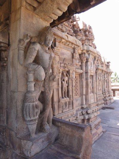 ヴィルーパークシャ寺院 彫刻