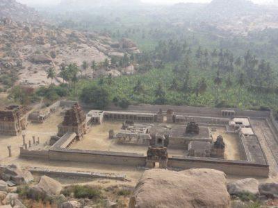 アチュタラヤ寺院 ハンピ