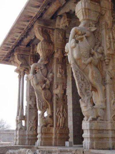 ヴィッタラ寺院 彫刻