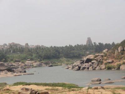 トゥンガバドラー川