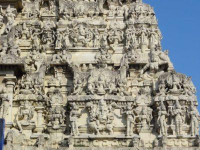 カーマクシアンマン寺院 彫刻