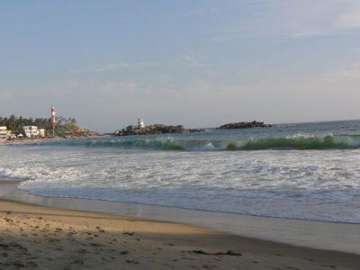 波 ビーチ