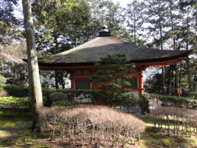 石山寺の心経堂