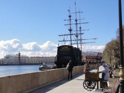 ネヴァ川の船