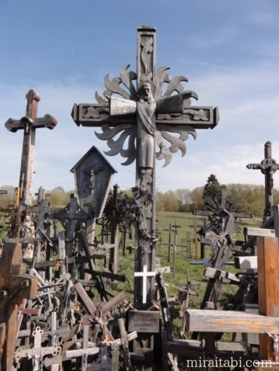 ドマンタイの十字架の丘