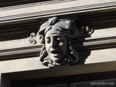 アルベルタ通りのファサード
