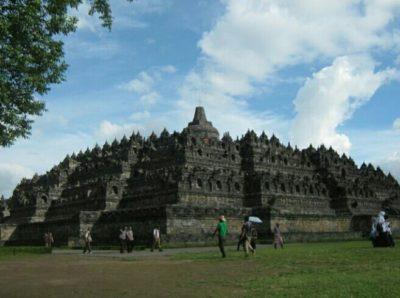 インドネシアのボロブドゥール寺院