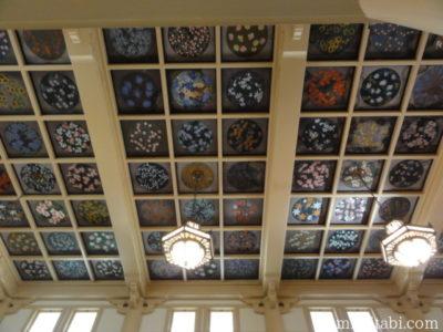 マキキ教会の天井画