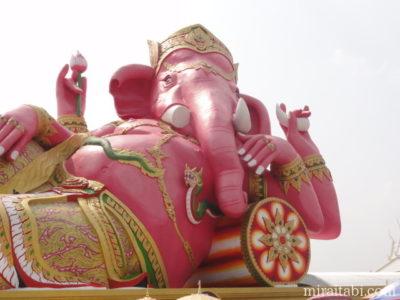 ピンクガネーシャ象