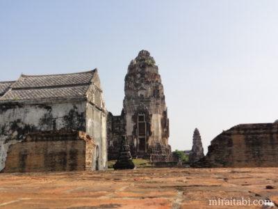 ワットプラシーラタナーマハタートの仏塔