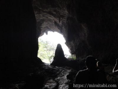 サダン洞窟の出口