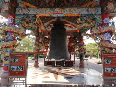 中国寺院の鐘