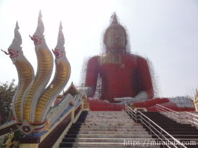 ワットムアンの巨大仏像