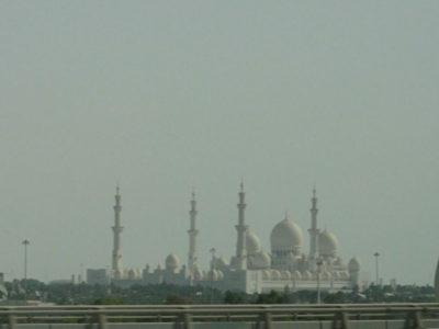 バスから見えるモスク