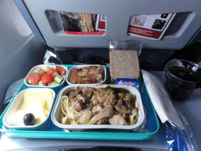 アゼルバイジャン航空の機内食