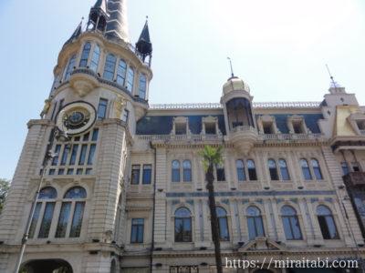 天文時計のある建物
