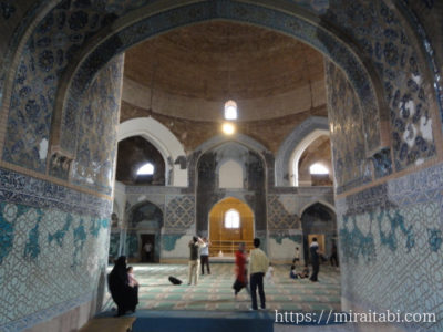 モスクの中