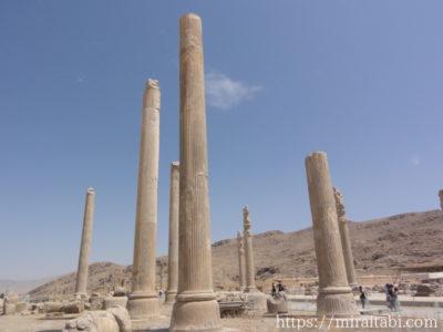 アパダーナの円柱