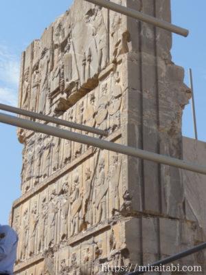 ペルセポリス遺跡のレリーフ