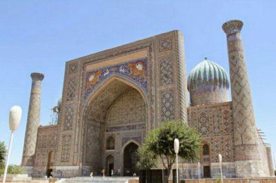 ウズベキスタンのモスク